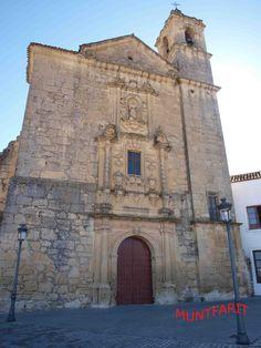 Fachada de la iglesia del Convento de San Antonio de estilo Barroco