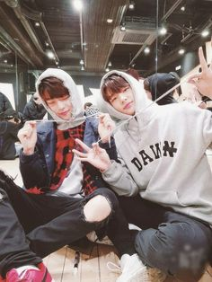 Names and pictures of all ships in Stray Kids *Reminder* Shipping doe… # De Todo # amreading # books # wattpad Nct, Stray Kids Seungmin, Lee Know, Minho, K Idols, Mixtape, Boyfriend Material, Marie, Baby