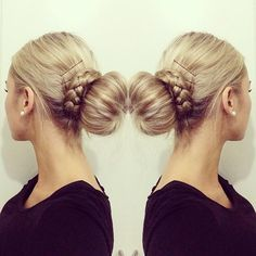 loving this bun! Could be nice when you're having a bad hair day or for a fancy affair!