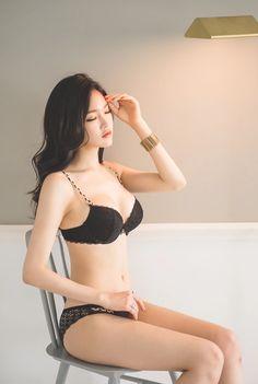 Jung Yun (정윤) 28.11.2015 plus few updated sets - Imgur