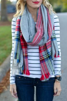 Grey plaid scarf with the striped shirt. my style одежда, ша Fall Winter Outfits, Autumn Winter Fashion, Winter Style, Nordstrom, Pattern Mixing, Look Fashion, Fashion 2020, Fashion Fashion, Retro Fashion