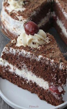Chorizo cake fast and delicious - Clean Eating Snacks Vegan Dessert Recipes, Easy Cake Recipes, Cooking Recipes, Chocolate Fruit Cake, Chocolate Art, Fruit Cake Design, Fruit Birthday Cake, Fresh Fruit Cake, Food Cakes