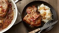 Skillet Pork Chops in Bacon-Cider Sauce Bone-in pork chops are cooked in a skillet with a flavorful bacon, shallot and cider pan sauce that everyone will love. Serve with Betty Crocker™ mashed potatoes for a complete — and completely delicious — meal. Pork Recipes, New Recipes, Dinner Recipes, Cooking Recipes, Favorite Recipes, Quick Recipes, Quick Meals, Fall Recipes, Yummy Recipes