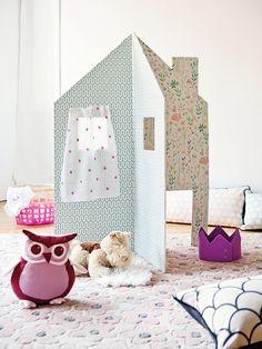 Diy For Kids, Crafts For Kids, Kid Friendly Art, Cardboard City, Babysitting Fun, Kid Desk, Kid Spaces, Diy Toys, Kids Christmas