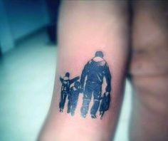Man With Loving Dad And Sons Family Tattoo On Arms
