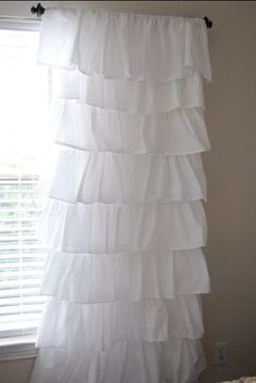 Homemade Ruffled Curtains using $4 flat sheets from Walmart