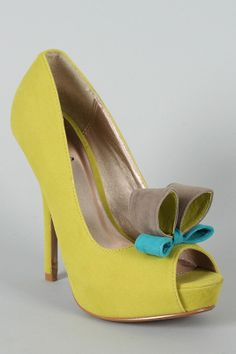 hate the bow but love the shoe.