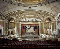 abandoned theaters chicago | Detroit Ciudad Fantasma