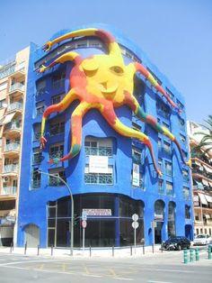 fachada de un edificio realizada por Ripollés - El Grao de Castellón