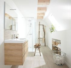 Salle de bain ambiance zen : 5 indispensables - Clem Around The Corner - Bathroom Ideas Feng Shui Bathroom, Zen Bathroom, Bathroom Plans, Small Bathroom, Bathroom Ideas, Bad Inspiration, Bathroom Inspiration, Design Your Home, House Design