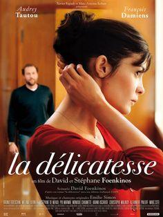 La Délicatesse (2011- France) Audrey Tautou wears a beautiful delicate necklace - I want one!