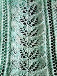 Free Pattern: Brooke's Column of Leaves Knitted Scarf Pattern