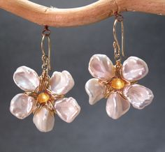 Cosmopolitan 52 Keshi pearl flowers with your by CalicoJunoJewelry