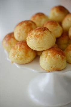Cheese Puffs recipe from Ina Garten Think Food, Love Food, Tapas, Food Network Recipes, Cooking Recipes, Breakfast Desayunos, Cheese Puffs, Gruyere Cheese, Puff Recipe