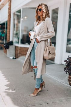 A transitional outfit for summer to fall cella jane // workwear comfortable & classy outfit Fall Winter Outfits, Autumn Winter Fashion, Winter Clothes, Classy Winter Fashion, Spring Fashion, Casual Chic Fashion, Latest Winter Fashion, Feminine Fashion, Casual Chic Style