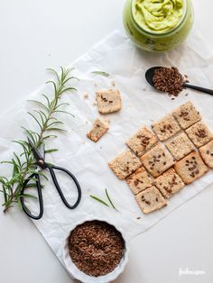 Erdmandel - Rosmarin Cracker, glutenfrei, nussfrei, laktosefrei und sojafrei, freiknuspern - Rezepte für Allergiker