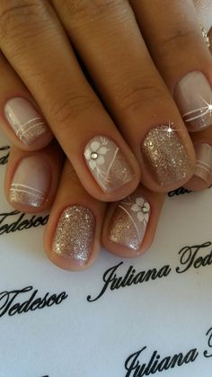 78 i could maybe do this with crackle nail polish 031 78 i could maybe do this with crackle nail polish 031 Classy Nails, Fancy Nails, Pretty Nails, Pink Nails, Classy Nail Designs, Nail Art Designs, Nails Design, Crackle Nails, Best Acrylic Nails