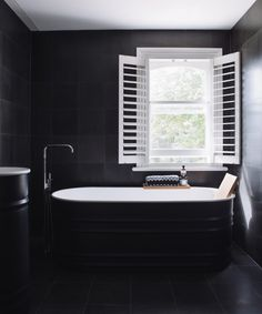 The amazing Harbour Edge House by Fearon Hay Architects.  Are words needed for this bathroom?  The classic black and white palette exudes pure elegance and sophistication.   The Missoni towel just finishes it off perfectly!