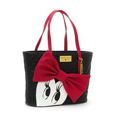 Our leading lady will add a touch of luxe to your outfit, with this fabulously quilted faux-leather handbag! Featuring a gorgeous statement bow, and a print of Minnie batting her signature eyelashes. Disney Handbags, Disney Purse, Purses And Handbags, Coach Disney, Minnie Mouse, Mickey Y Minnie, Disney Princess Fashion, Disney Style, Disney Fashion