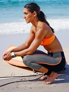 A picture of allison stokke. This site is a community effort to recognize the hard work of female athletes, fitness models, and bodybuilders. Sporty Girls, Surf Girls, Darya Klishina, Cosplay, Track And Field, Female Athletes, Sport Outfits, Fit Women, Fitness Models