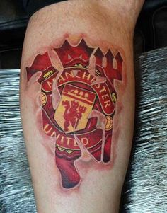 This has to be one of the coolest Manchester United Tattoos i've seen and it…