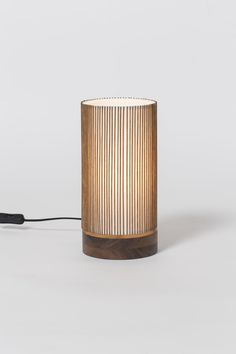 This unique floor lamps is definitely an inspirational and excellent idea Small Bedside Lamps, Bedside Table Lamps, Table Lamp Wood, Wood Lamps, Unique Floor Lamps, Handmade Lamps, Antique Lamps, Lamp Design, Light Table