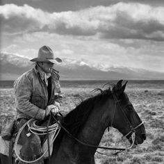 Old Glory Gunsmith Shoppe: Old West: The Cowboy Cowboy Horse, Cowboy Art, Cowboy And Cowgirl, Horse Riding, Real Cowboys, Black Cowboys, Gaucho, Black N White Images, Black And White