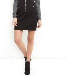 """Bring this zip front high waisted mini skirt into your work wear wardrobe when paired with a turtle neck and block heel ankle boots for a classic finish.- Zip front detail- High waisted design- Slim fit that is closely cut- Mini length- Model is 5'8""""/176cm and wears UK 10/EU 38/US 6"""