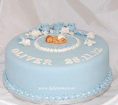 Kakemomsen heter nå Designkaker AS: Dåpskake til Oliver. Baby Shower Cakes For Boys, Baby Boy Cakes, Baby Boy Shower, Baptism Desserts, Krishna Birthday, Baby Boy Birthday Cake, Salty Cake, Cake Toppings, Cake Tins