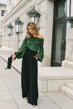 Green off the shoulder long sleeved top/ blouse+black high waisted wide-leg pants+black heels+black handbag+black earrings. Pre-Fall/ Transitional Event/ Party/ Dressy up / Date Outfit 2018 Black Pants Outfit Dressy, Wide Pants Outfit, Trouser Outfits, Dressy Outfits, Fashion Outfits, Women's Pants, Cristian Dior, Cocktail Outfit, Going Out Outfits