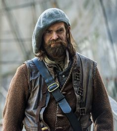 Say yes to rugged good looks!  My new favorite-Duncan Lacroiz as Murtagh in The Outlander series. From the Outlander TV News site.