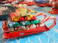 diy-candy sleighs with tutorial