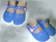 Mary Jane Slipper Socks - free crochet pattern by Brigitta Schwulst. Size small.