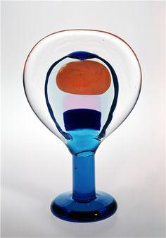 Glass Design, Design Art, Wine Glass, Glass Art, Art Thou, Z Arts, Glass Birds, Colored Glass, Scandinavian Design