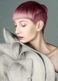 doesy:  p- ian berghammerm- katie joymua- tricia berghammerh- carmen wenthold  Pink hair