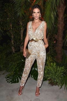 Alessandra Ambrosio - jumpsuit from S/S 2014 Couture - 2014 Cannes Festival Fashion Mode, Star Fashion, Fashion Outfits, Wedding Trouser Suits, Classy Outfits, Cute Outfits, Sexy Dresses, Casual Dresses, Fiesta Outfit