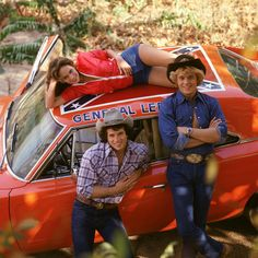The Dukes of Hazzard: Catherine Bach, Tom Wopat and John Schneider as Daisy, Luke and Bo Duke