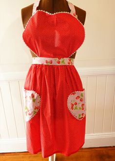 Miss Lexy Hand made Range: Rosie Style heart-shaped Retro inspired Apron