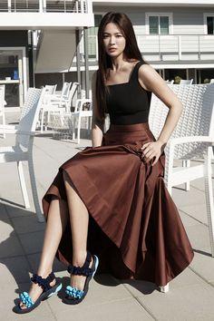"""Song Hye Kyo for Suecomma Bonnie 'Vivid Summer Collection'🌼 Nct 127, Shinee, Song Hye Kyo Style, Got7, Korean Girl Fashion, Instyle Magazine, Cosmopolitan Magazine, Korean Drama Movies, Kpop"