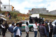 Operativo paramilitar-policiaco contra plantón magisterial y popular en San Cristóbal de las Casas