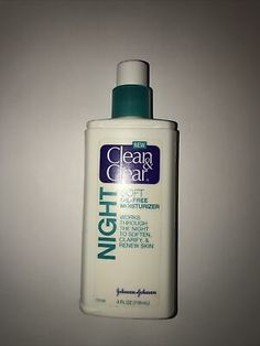 Clean & Clear Soft Oil-Free Night Moisturizer | eBay Nude Makeup, Hormonal Acne, Summer Skin, Acne Treatment, Travel Size Products, Beauty Solutions, Skin Care, Cleaning