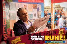 Michel (Christian Clavier) kauft seine liebste Platte. #NurEineStundeRuhe demnächst im #Kino. Monsieur Claude, Comedy, Company Logo, Hollywood, Culture, Dance, Logos, Movies, Magazine