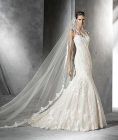 Pladie, robe de mariée ornée de pierres fines, silhouette princesse