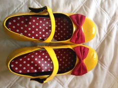 NWT DISNEY MINNIE MOUSE COSTUME SHOES ADULT SIZE 8