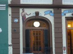intervención del frente en salón berlin (Palermo) bs. as....realizado por elmarian & pablokno
