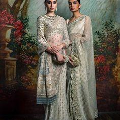 #Sabyasachi #HeritageBridal #SummerWeddings #DestinationWeddings #HandCraftedInIndia Jewellery by @kishandasjewellery #KishandasForSabyasachi #TheWorldofSabyasachi @sabyasachiaccessories