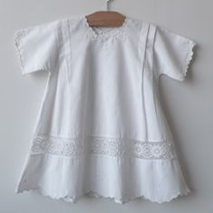 Belle Heir. Beautiful vintage to antique children clothes. This dress was made in 1925.