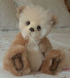 "Long Long Ago Collectibles by Teddy Bear Artist Pat Youderin "" Peaches and Cream"""