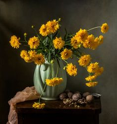 Букетик кареопсиса - Thank you for your lovely comments, my friends! Pretty Flowers, Yellow Flowers, Cosy House, Still Life Flowers, Still Life Oil Painting, Still Life Art, Pretty Photos, Spring Blooms, Still Life Photography
