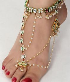 Beautifull Anklets - Fashion And Style Indian Wedding Jewelry, Indian Jewelry, Bridal Jewelry, Indian Bridal, Indian Weddings, Real Weddings, Gold Jewelry, Ankle Jewelry, Ankle Bracelets